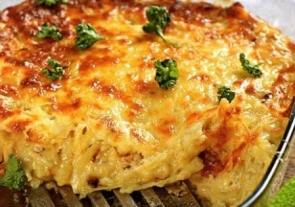 Запеканка из риса, ветчины и сыра
