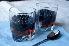 Виноградное желе с черникой